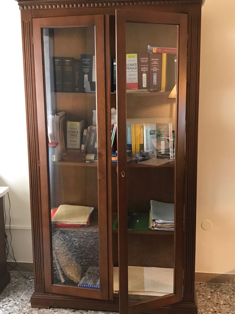 catanzaro vetrina libreria 2 ante stile arte povera mercatino dell ... - Soggiorno Arte Povera Usato 2