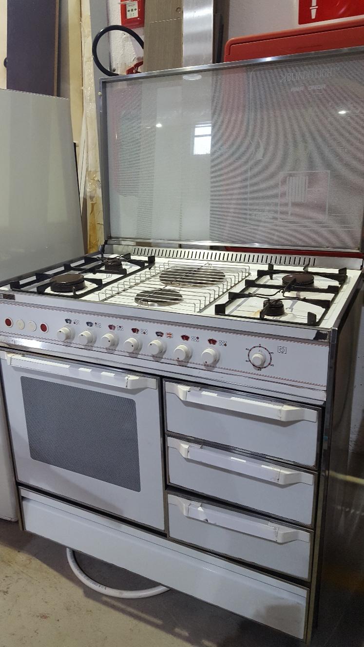 Catanzaro Cucina a gas o metano usata con o senza forno