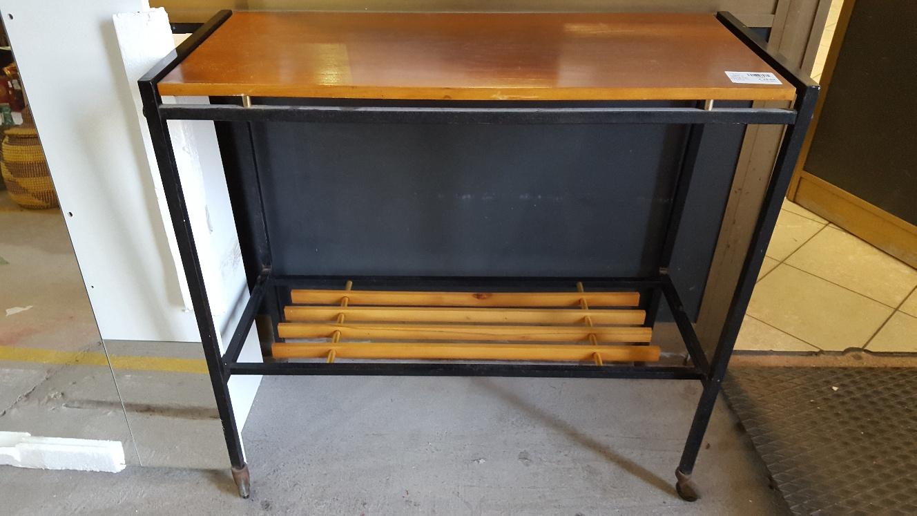 Catanzaro pensile 4 ante vintage l cm 120 p cm 36 x h cm 54 mercatino dell 39 usato portobello - Porta tv con rotelle ...
