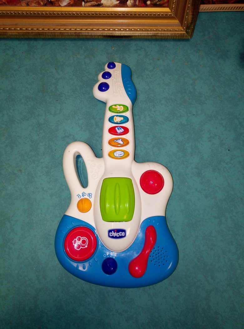 BABY GUITAR  CHICCO