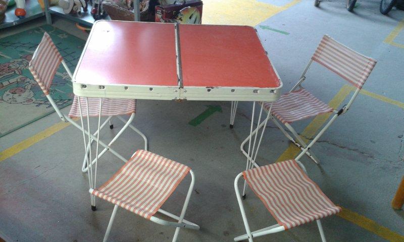 Catanzaro tavolo da pic nic richiudubile con sgabelli e sedie