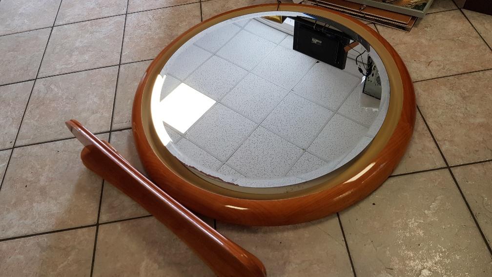 Catanzaro specchio bagno rotondo in noce lucido diametro cm