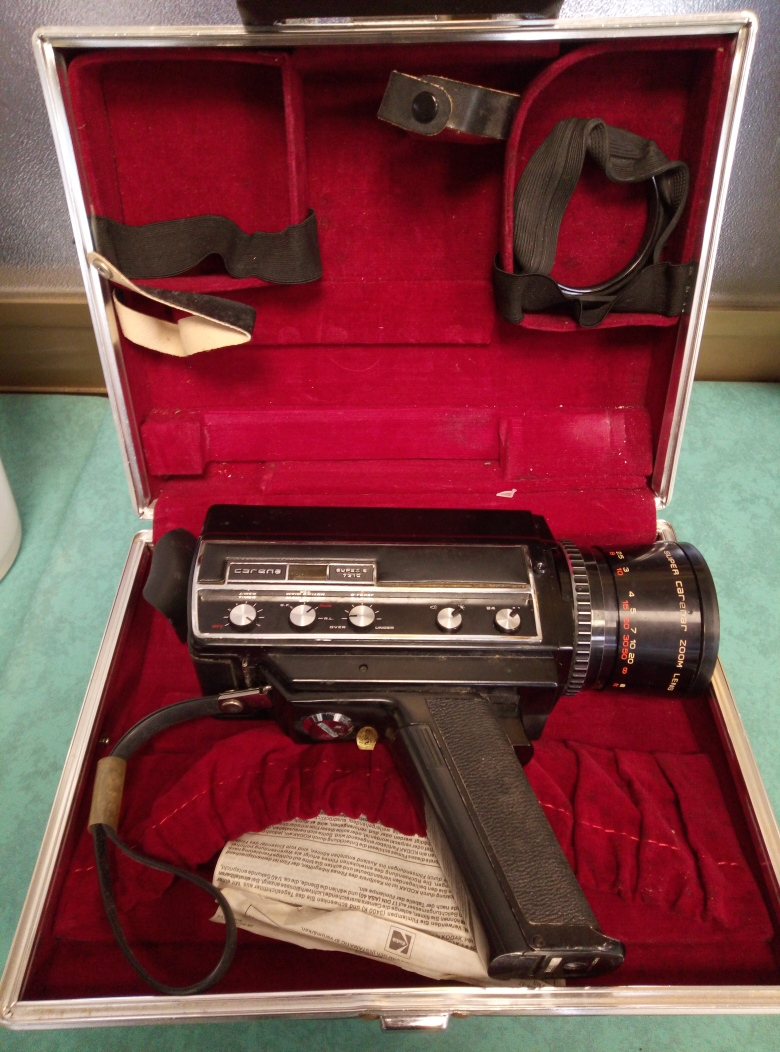 CINEPRESA VINTAGE CARENA SUPER 8 756 COMPLETA DI CUSTODIA