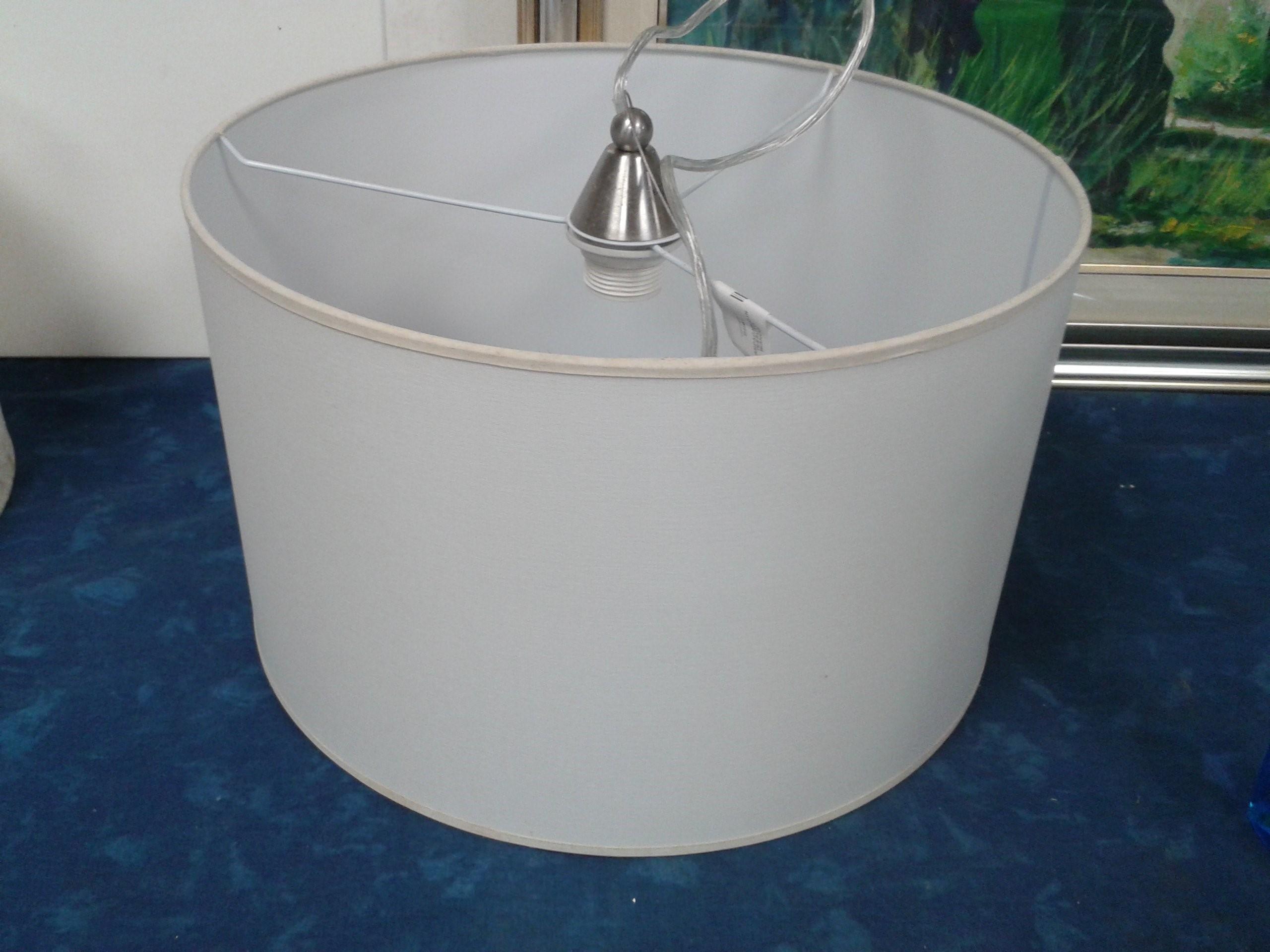 Lampadario Bianco Opaco : Catanzaro lampadario in tessuto bianco mercatino dell usato portobello