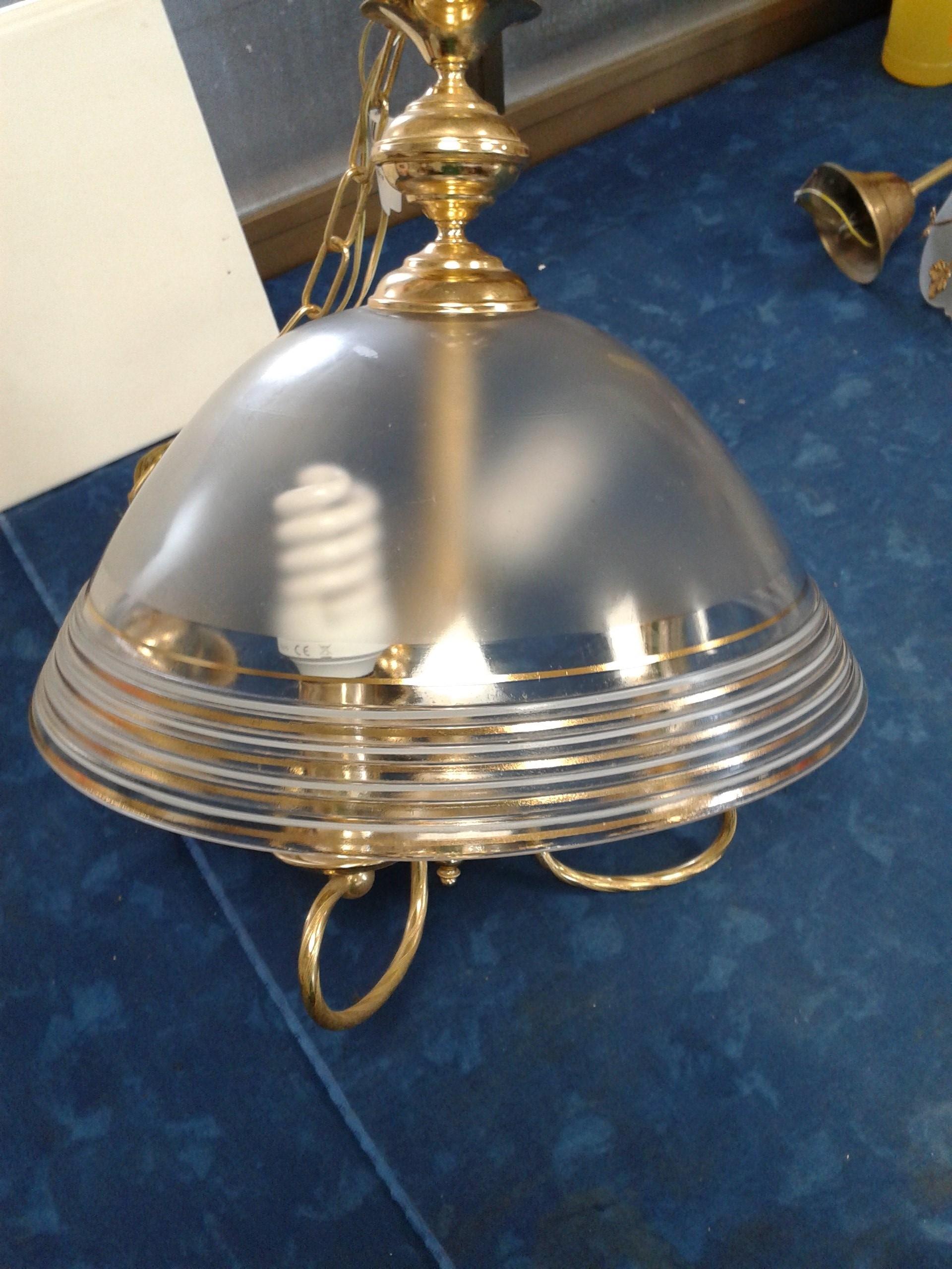 Campane Vetro Per Lampadari.Catanzaro Ricambio In Vetro Dorato Per Lampadario Mercatino Dell