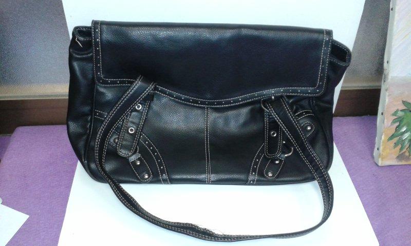 Catanzaro borse firmate usate di marca e accessori moda - Scatola porta orologi carpisa ...
