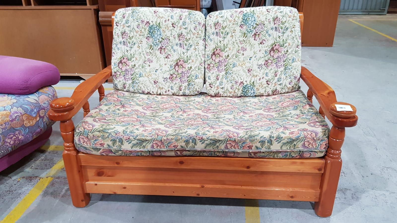 Cucina In Pino Russo : Catanzaro arredamento usato in pino russo. tavolo mobile sedia credenza