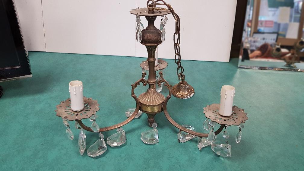 Lampadario Antico Con Angeli : Catanzaro lampadario in ottone con angeli mercatino dell usato